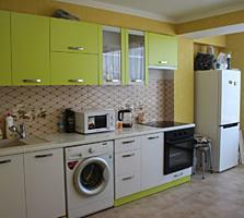 Apartament cu 1 camera de vânzare, renovat, cu vecini prietenoși și ..