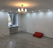 ДВУХКОМНАТНАЯ в ЦЕНТРЕ 2этаж/5 с ремонтом
