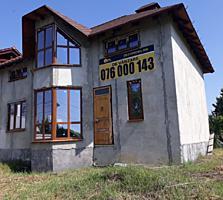 Se oferă spre vânzare casă cu o suprafață generoasă de 120 mp. ...