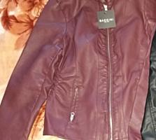 Новая демисезонная куртка, размер М