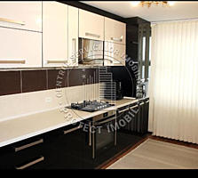 Spre vânzare apartament cu 3 odăi spațioase, suprafața totală 83m2. ..