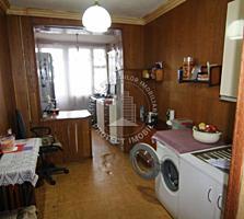 Despre apartament: - Nr odai 4 - Fara reparatie - Incalzirea ...