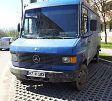 Mercedes 609
