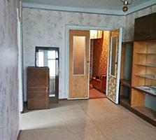 2-комнатная на Ленинском, отличный этаж