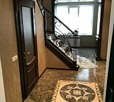 Продаётся роскошная, двухэтажная, светлая квартира, 150 кв. м.
