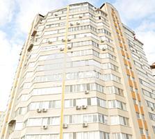 Se oferă spre vânzare apartament de tip penthouse cu 4 camere în ...