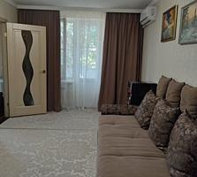 Продается 2-комнатная квартира, с хорошим ремонтом.