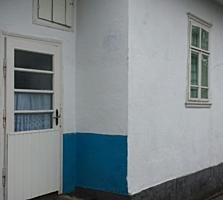 Дом в селе Берлинцы, Бричанский район, дом находится в центре села