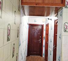Продается 2х комнатная, ул Ларионова.