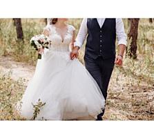 Продам не венчаное свадебное платье со шлейфом