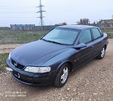 Срочно Opel Vectra B 1.8 АКПП 1500 У. Е