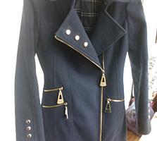 Продам пальто и куртки