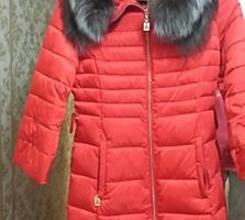 Продам женское пальто- пуховик