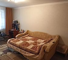 Продается 2-комнатная квартира на Красных Казармах