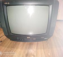 Телевизоры: LG, Digital, Sony. Кинотеатр BBK, магнитофон Нота, Колонка
