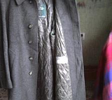Продам мужские костюм новые, 48- 52 р, шапки меховые, пальто, куртку.