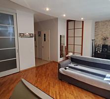 Va oferim spre vinzare apartament cu 2 odai in sectorul Centru, str. .