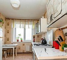 Буюканы, Деляну, 3-ком., 2 балкона, жилое состояние!
