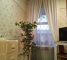 Продается 2 комн. квартира на ул. Разумовской.