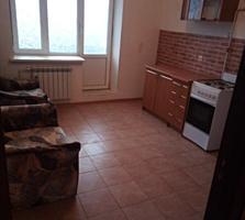 Срочно!!! Продам 1 комнатную квартиру с двумя балконами.