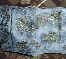 Шикарный расшитый золотом новый капрон платок