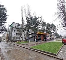 Se vinde apartament cu 2 odăi la Buiucani, str. Paris!
