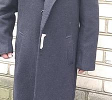 Продам пальто для солидного мужчины