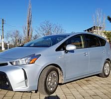 Продам Toyota prius v 2015г. в