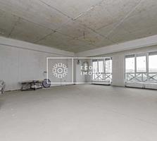 Oferim spre vânzare apartament cu 4 camere, în complexul rezidențial .