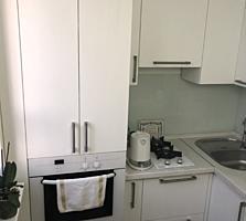 Продается 1- комнатная квартира, меблированная с ремонтом 069995115