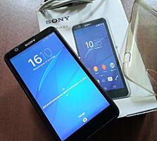 Sony Xperia E4 + силиконовый чехол 1000 лей