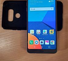 Продам мобильный телефон Lg G6- 4 g оперативки, 32 g внутренней памяти