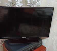 ТВ продам идеальный 90$