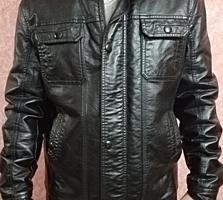 Продам зимнюю куртку из кожзама в идеальном состоянии xl