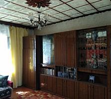 2-х этажный дом в с. Карагаш. Центр. Удобства. Участок - 8,4 сотки.