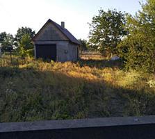 Продается участок 14 соток в селе Терновка. Предлагайте варианты.