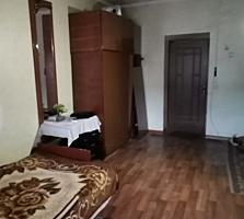 Продается комната в (общежитие) с балконом 20 кв. м в котельцовом доме