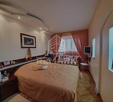 Se vinde apartament cu 3 camere amplasat în sect. Botanica, pe str. ..