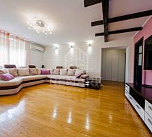 Se vinde apartament cu 4 camere, amplasat în sect. Centru, pe str. ...