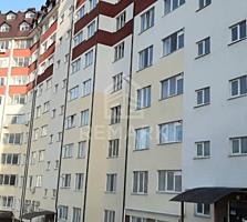 Se vinde apartament cu 3 camere, amplasat în centrul capitalei, pe ...