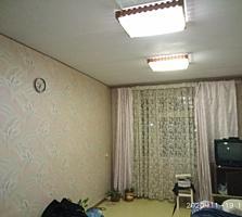 2-комнатный блок в общежитии, 4/5 эт. 35,4 м2.Туалет, умывальник. ТОРГ