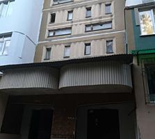 Se vinde apartament cu 2 odai in sectorul Ciocana al capitalei. ...