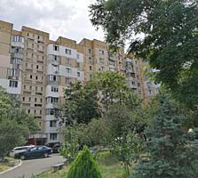 Va oferim spre vinzare apartament cu 2 odai in sectorul Centru al ...