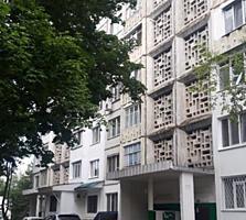 Se vinde apartament cu 2 odai, bilateral, amplasat in sectorul ...