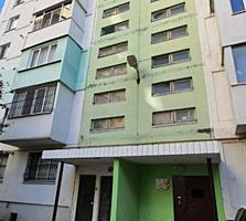 Apartament cu 2 odai într-un bloc secundar din sectorul Buiucani. ...