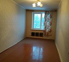 Продаю 2- комнатную квартиру по ул. Гвардейская 22 (4 этаж)