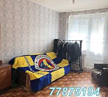 Продается 2х, Центр, ул Манойлова, дом №27, этаж 3/5.