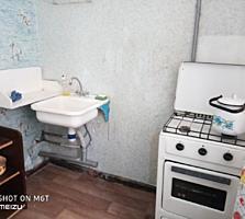 1-комн. квартира (Кировский, р-он Баня) 3 этаж 5-этажного дома.