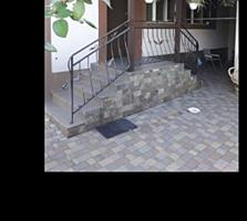 Apartament cu 2 odai +terasa, practic casa pe pământ