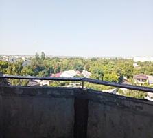 ЦЕНТР Суворова д. 59 напротив КИОТО 7/9 50/28/6,7 лоджия 4,5 кв. м.